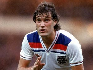 England-Shirts-Glenn-Hoddle-1980_2018538